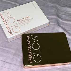 Natasha Denona All Over Glow Medium
